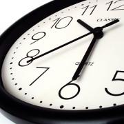 immagine orologio prezzi e orari Aquatico